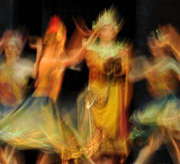 Открытие выставки французского фотографа Евгении Грандшамп де Ро «Образы Баядерки»